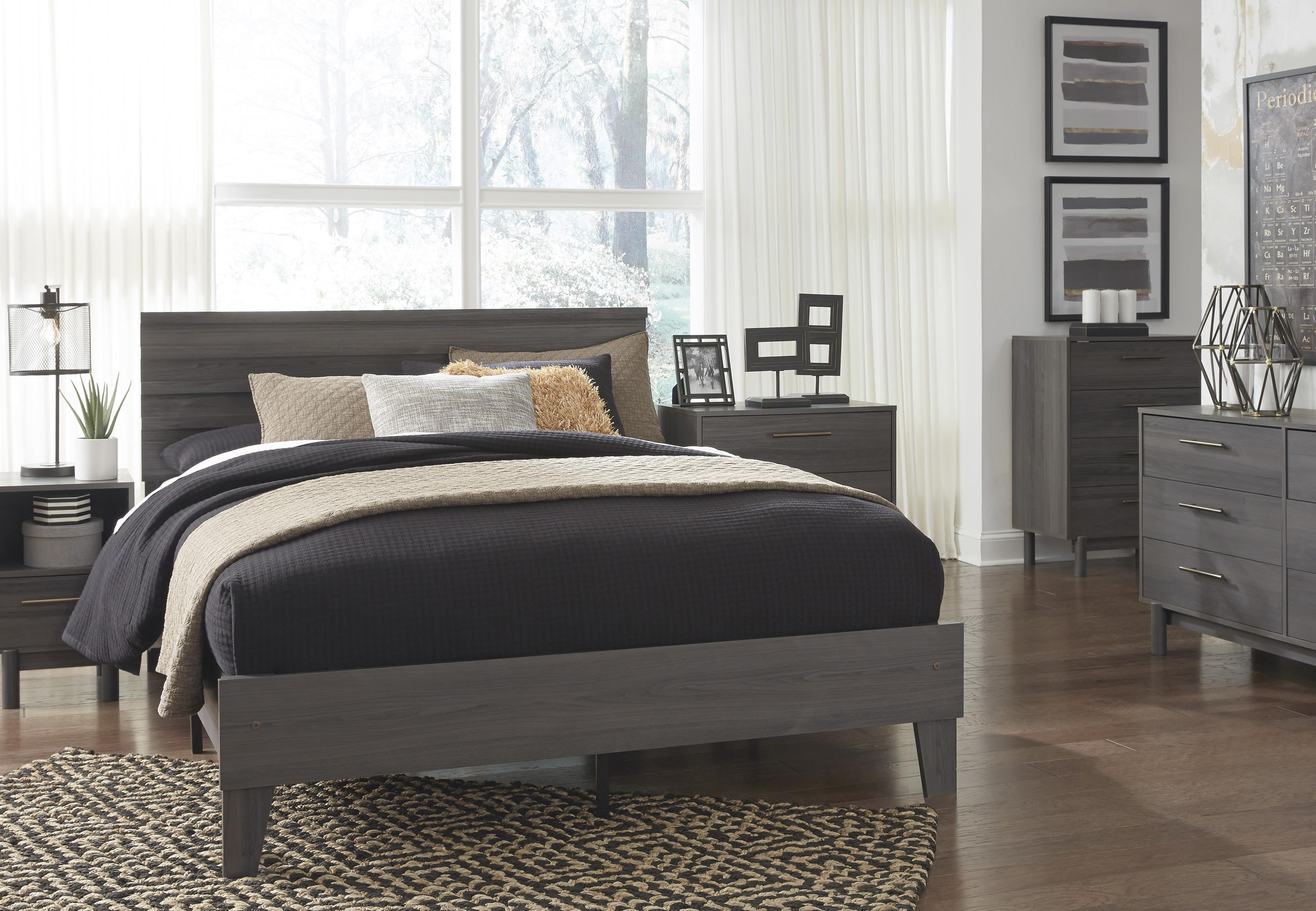 Brymont 3 Piece Queen Bedroom Set by Signature Design by Ashley at Sam Levitz Outlet