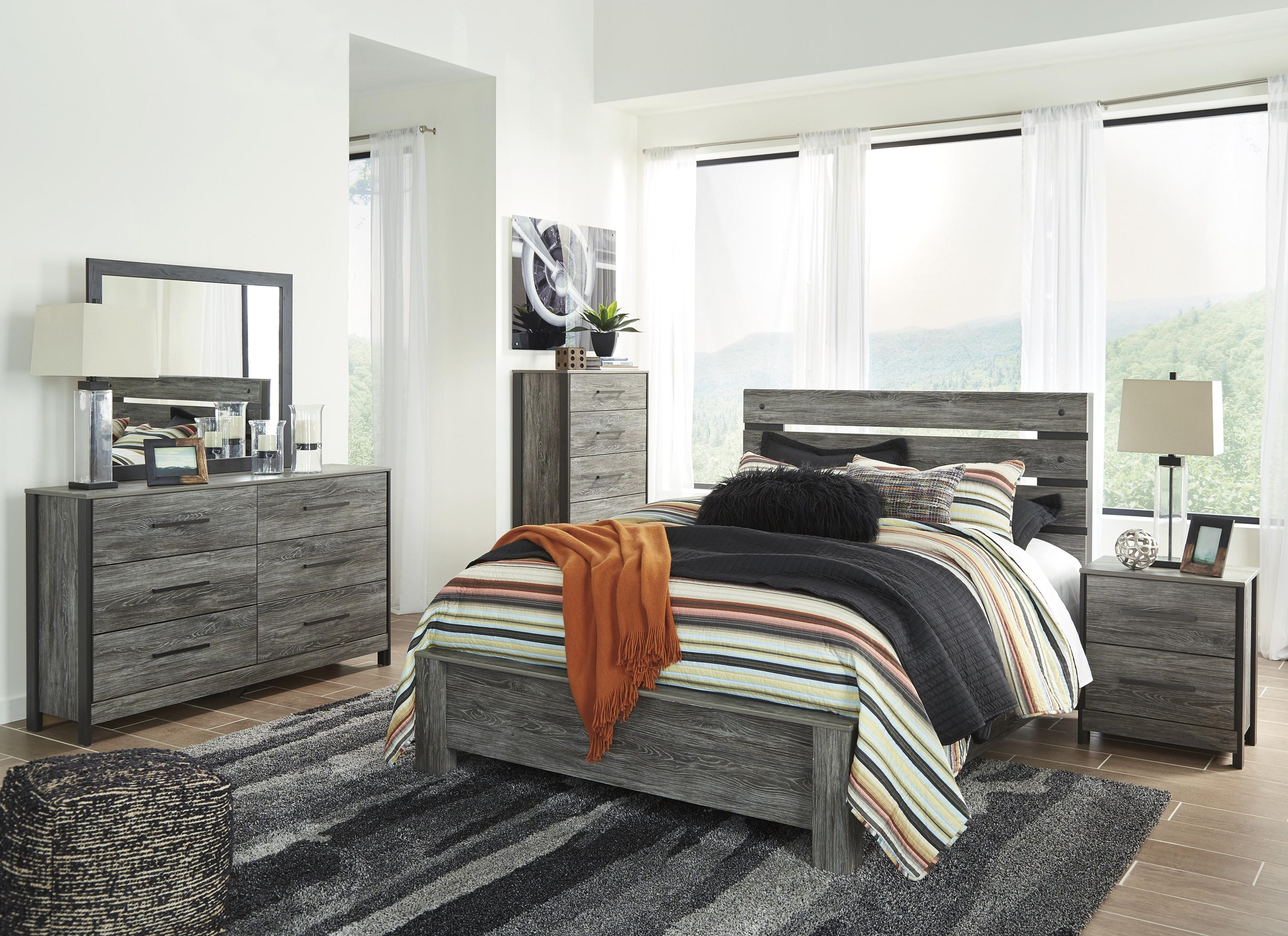 Cazenfeld 5PC Queen Bedroom Group by Signature Design by Ashley at Value City Furniture