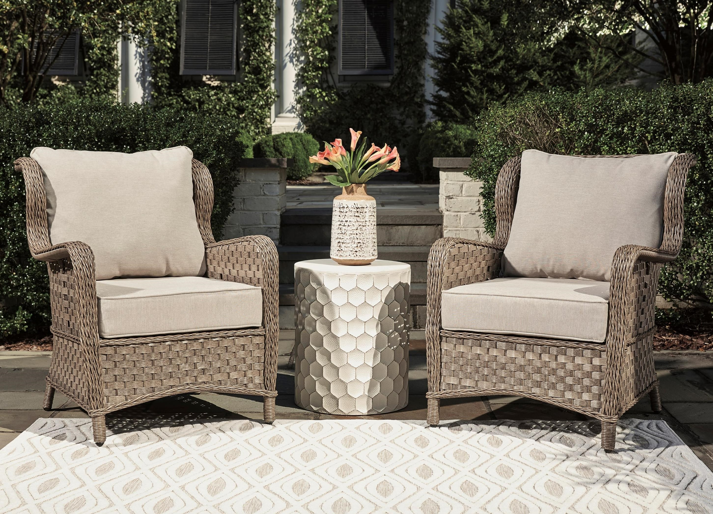Clear Ridge Set of 2 Lounge Chairs w/ Cushion by Signature at Walker's Furniture