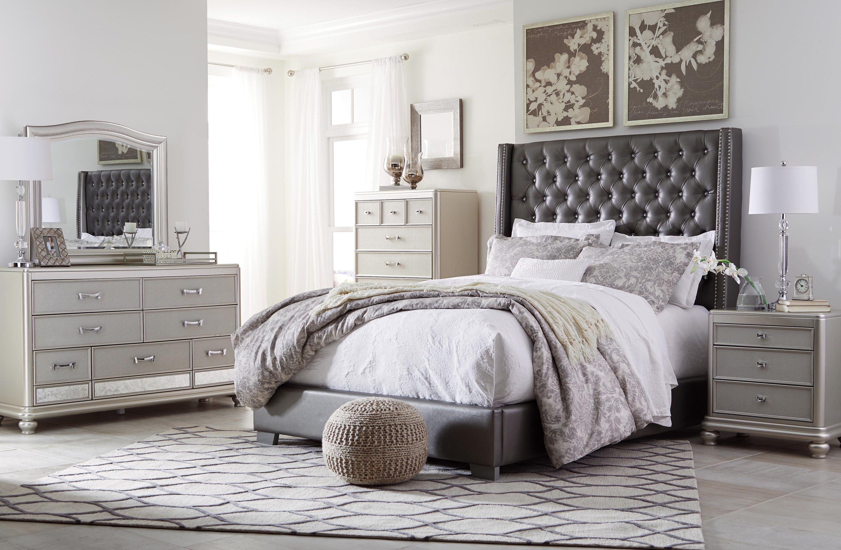 Coralayne 5 Piece King Upholstered Bedroom Set by Signature Design by Ashley at Sam Levitz Furniture