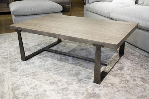Dalenville Coffee Table by Signature Design by Ashley at Sam Levitz Outlet