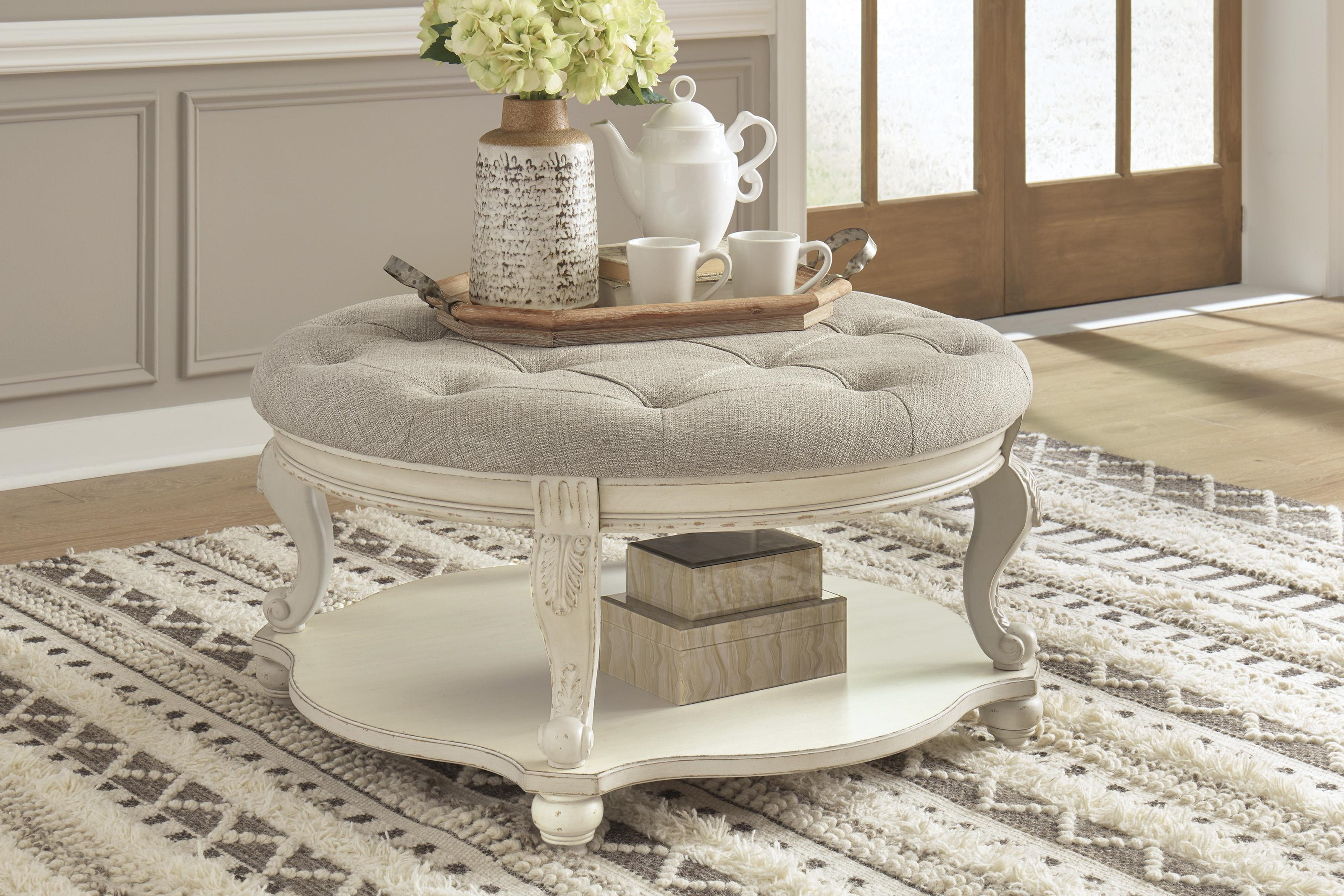 Realyn 3 Piece Coffee Table Set by Signature Design by Ashley at Sam Levitz Outlet