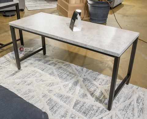 Shybourne 3 Piece Coffee Table Set by Signature Design by Ashley at Sam Levitz Outlet