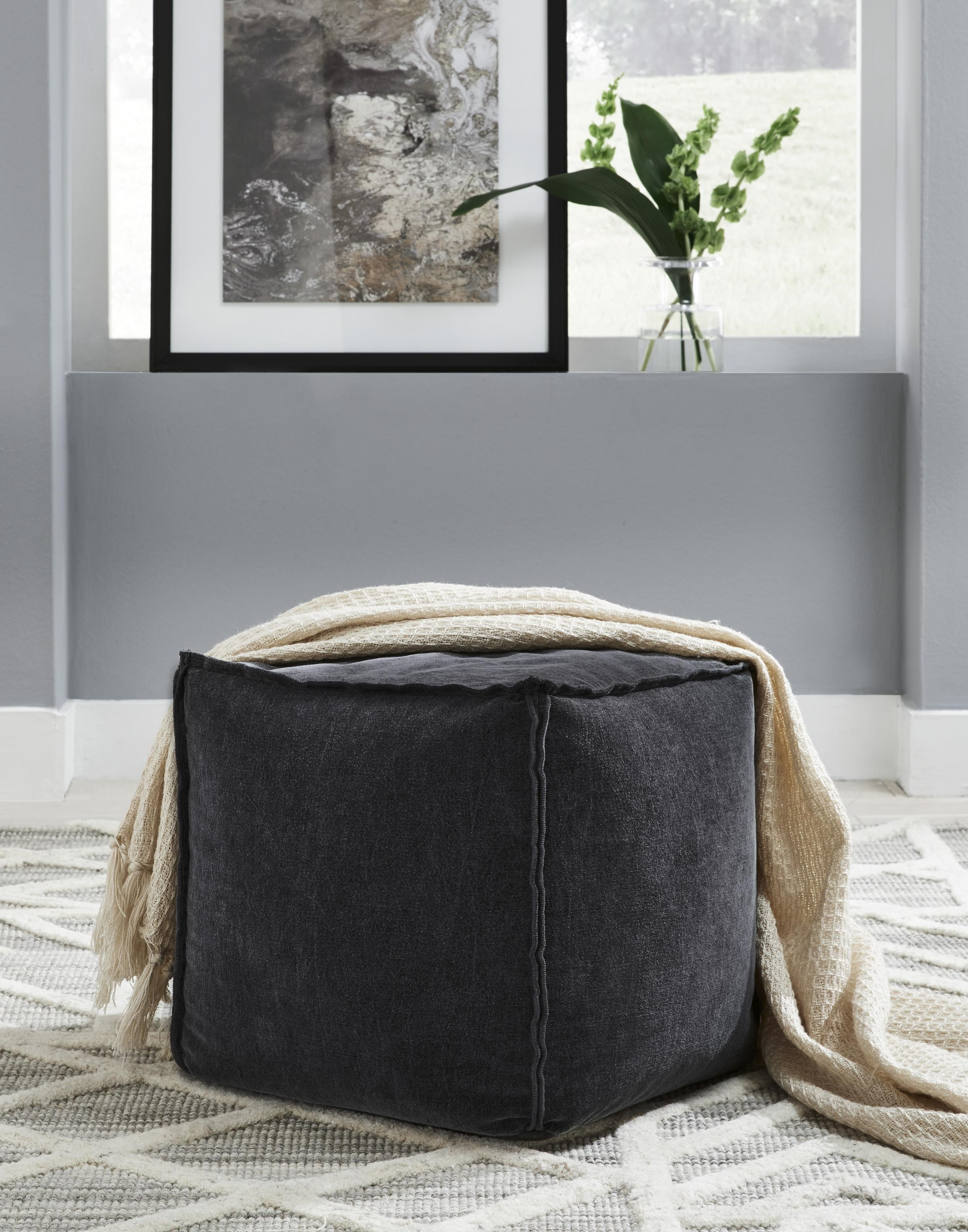 Moriah Pouf by Signature Design by Ashley at Sam Levitz Furniture