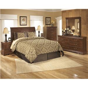 Signature Design by Ashley Furniture Wilmington Queen Bedroom Group