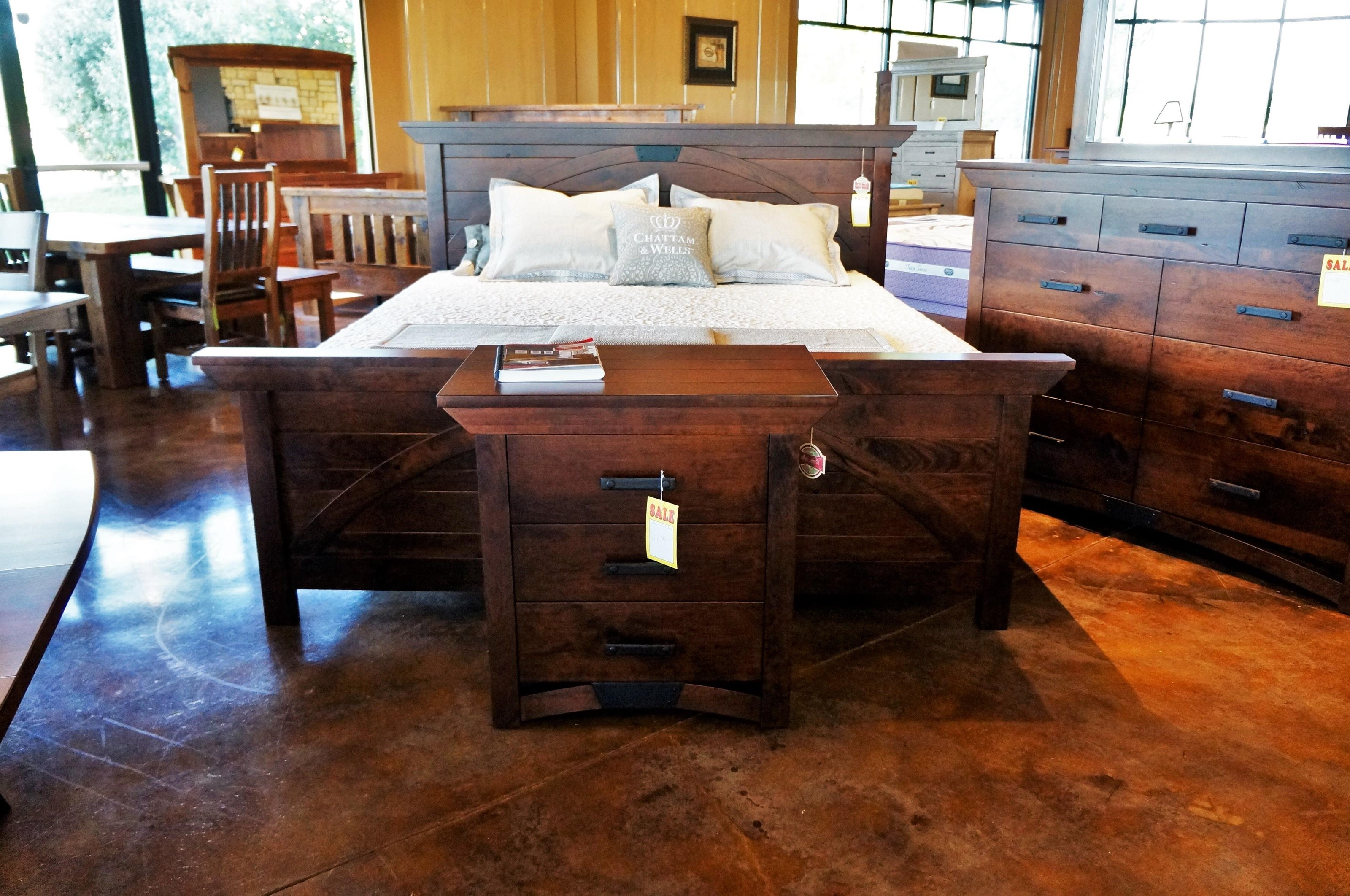 B and O Railroad Queen Size Trestle Bridge Panel Bed by Simply Amish at Mueller Furniture