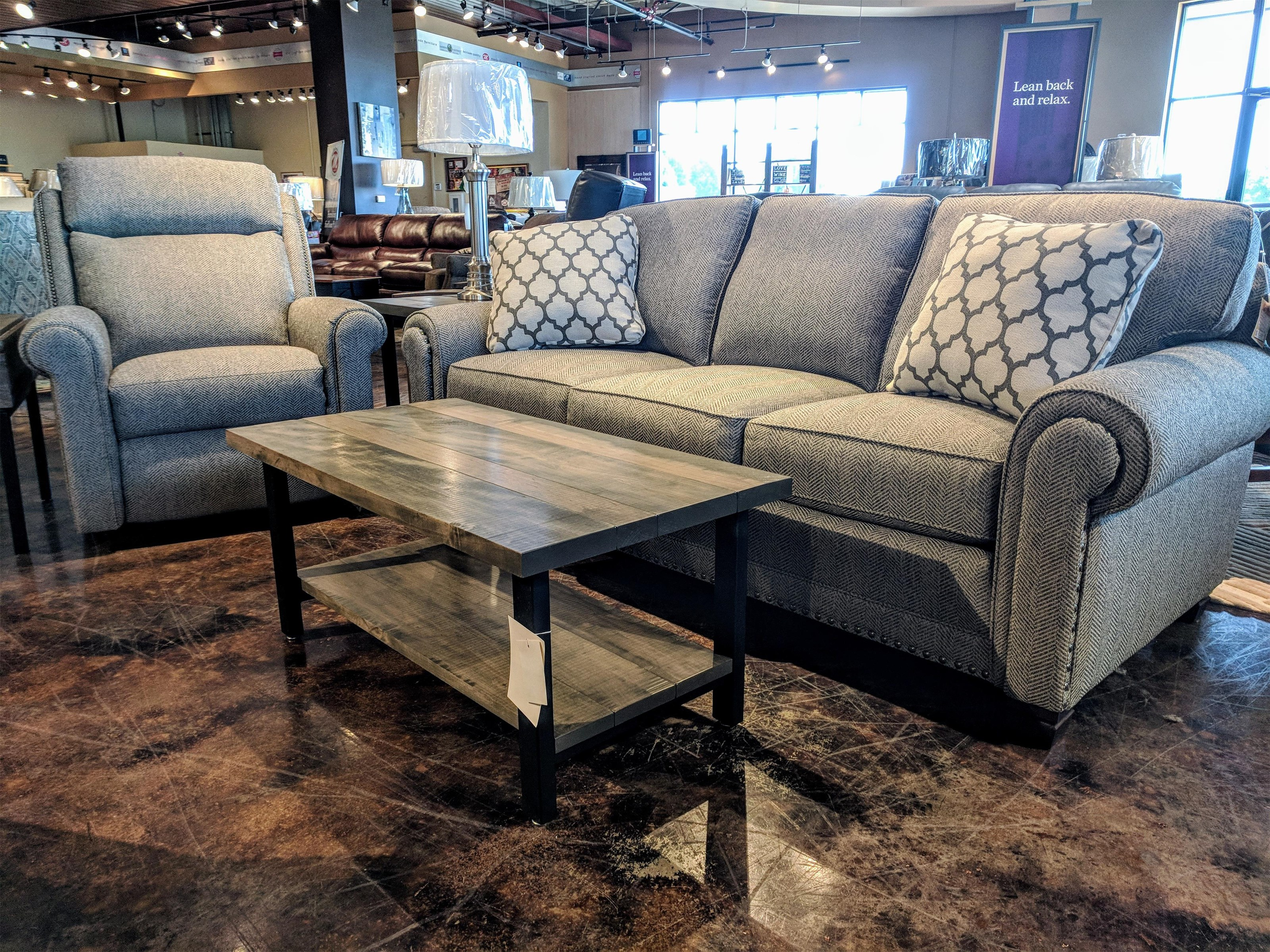 393 Traditional Stationary Sofa by Smith Brothers at Mueller Furniture