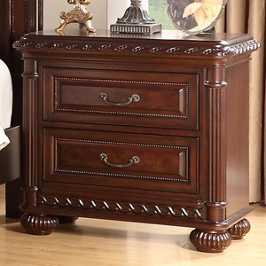 Traditional Nightstand with 2 Drawers