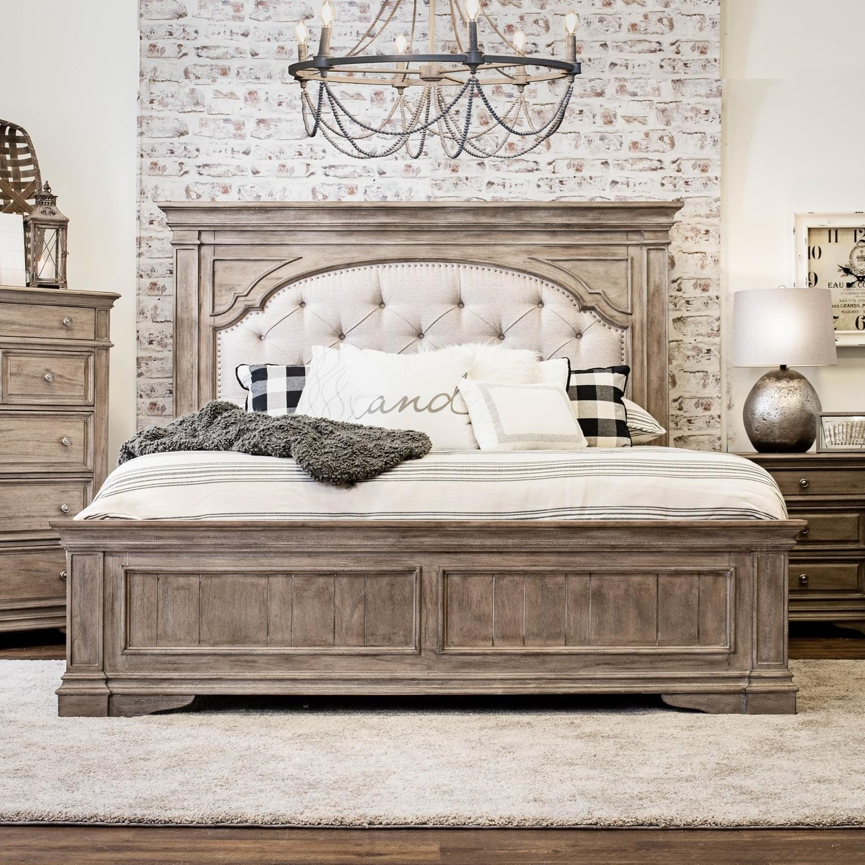 Highland Park King Bed by Steve Silver at Northeast Factory Direct