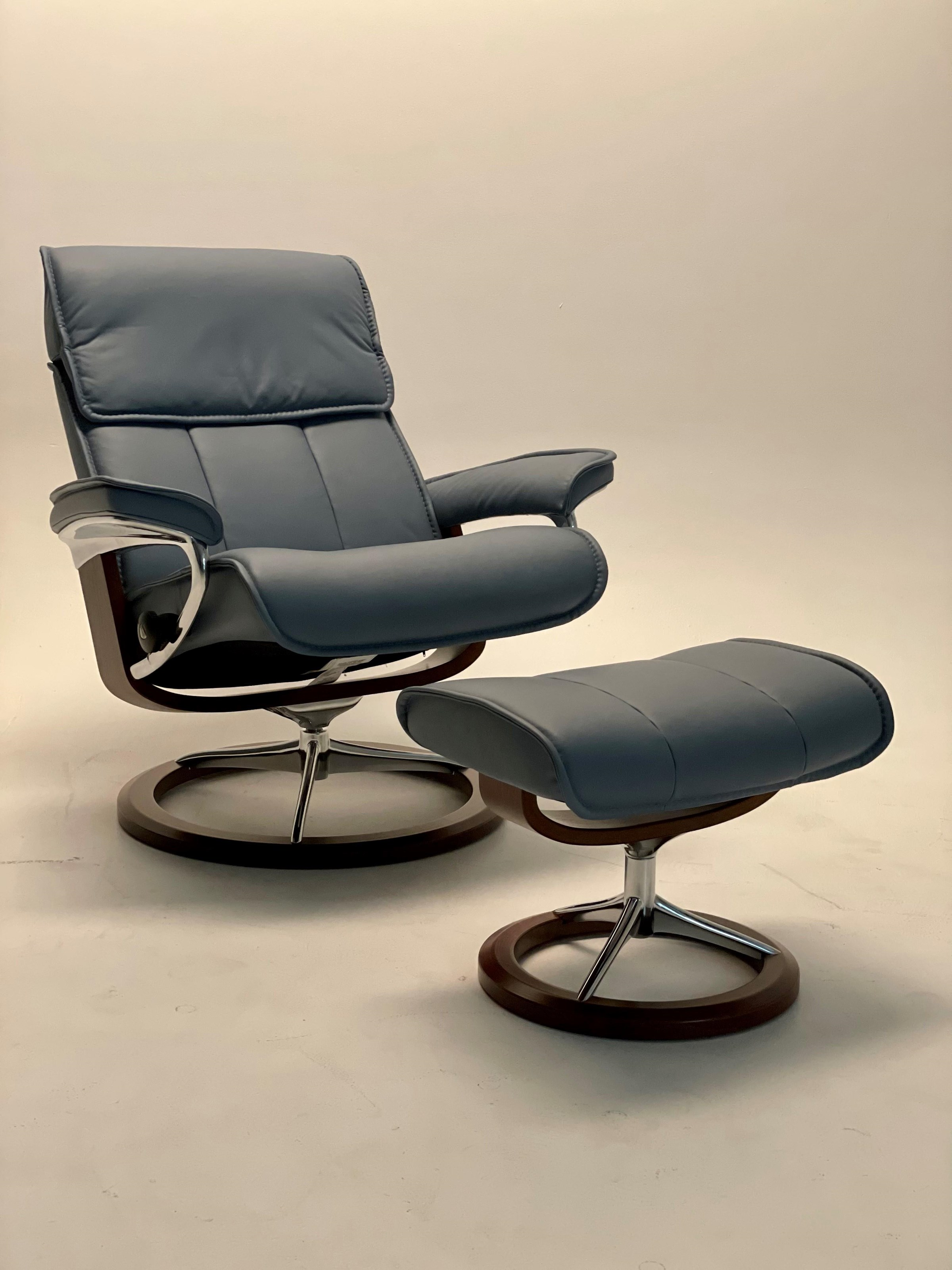 Admiral Large Admiral Chair by Stressless at Baer's Furniture