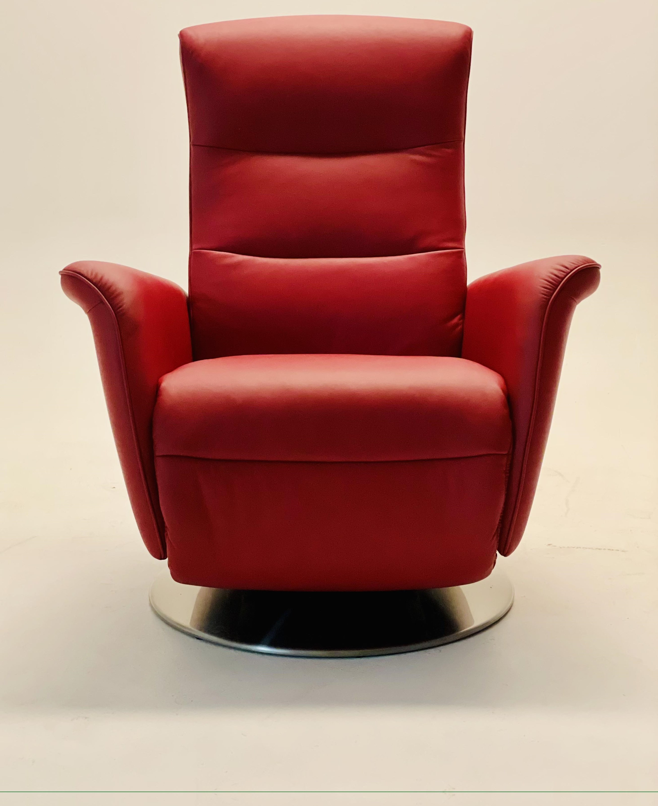 Mike Small Power Recliner by Stressless at Baer's Furniture