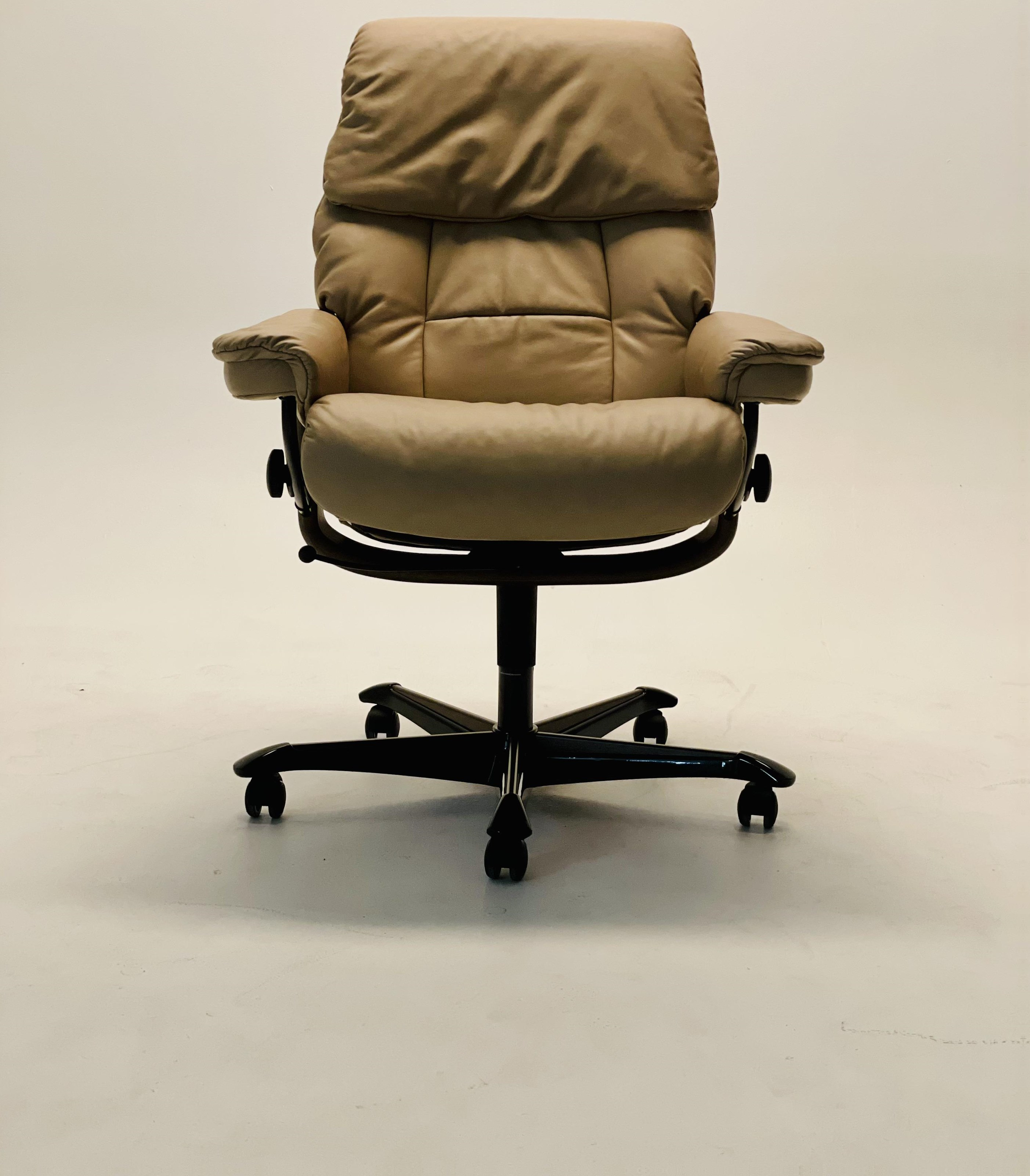 Stressless Ruby Office Executive Chair by Stressless at Baer's Furniture