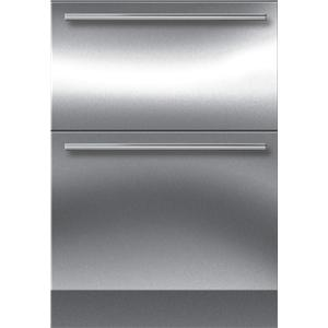 "Sub-Zero Integrated Refrigeration 24"" Freezer Drawer"
