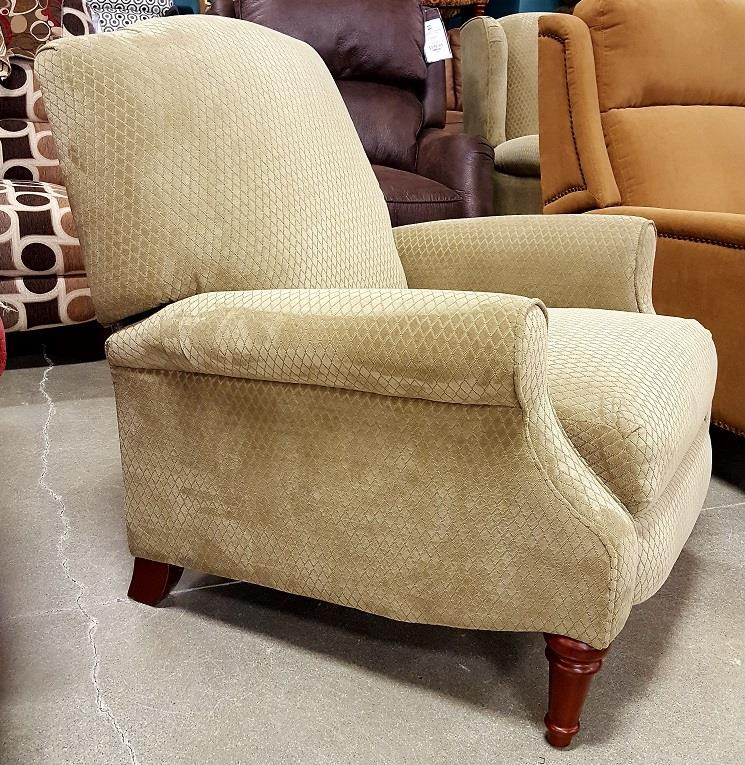 Three Way Push Back Recliner With Wood Legs