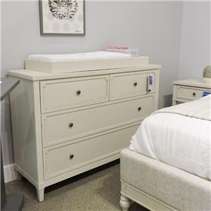 4 Drawer Dresser and Changing Station