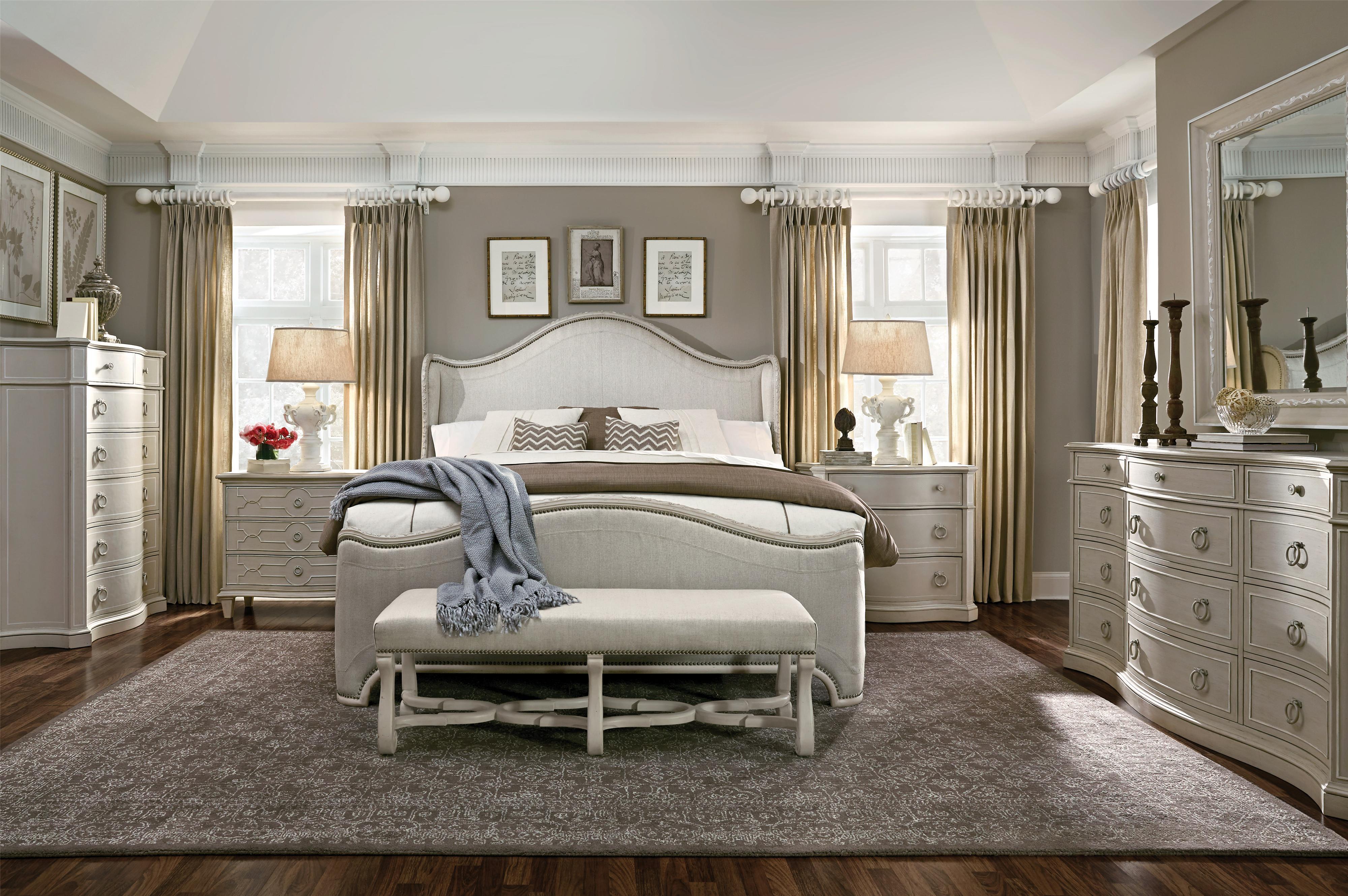 A r t furniture inc chateaux landscape mirror with vine motif olinde 39 s - Decoration petite chambre adulte ...