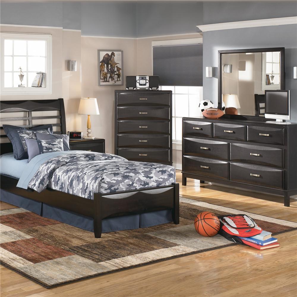 Ashley furniture kira 7 drawer dresser and mirror combo for Ashley furniture appleton