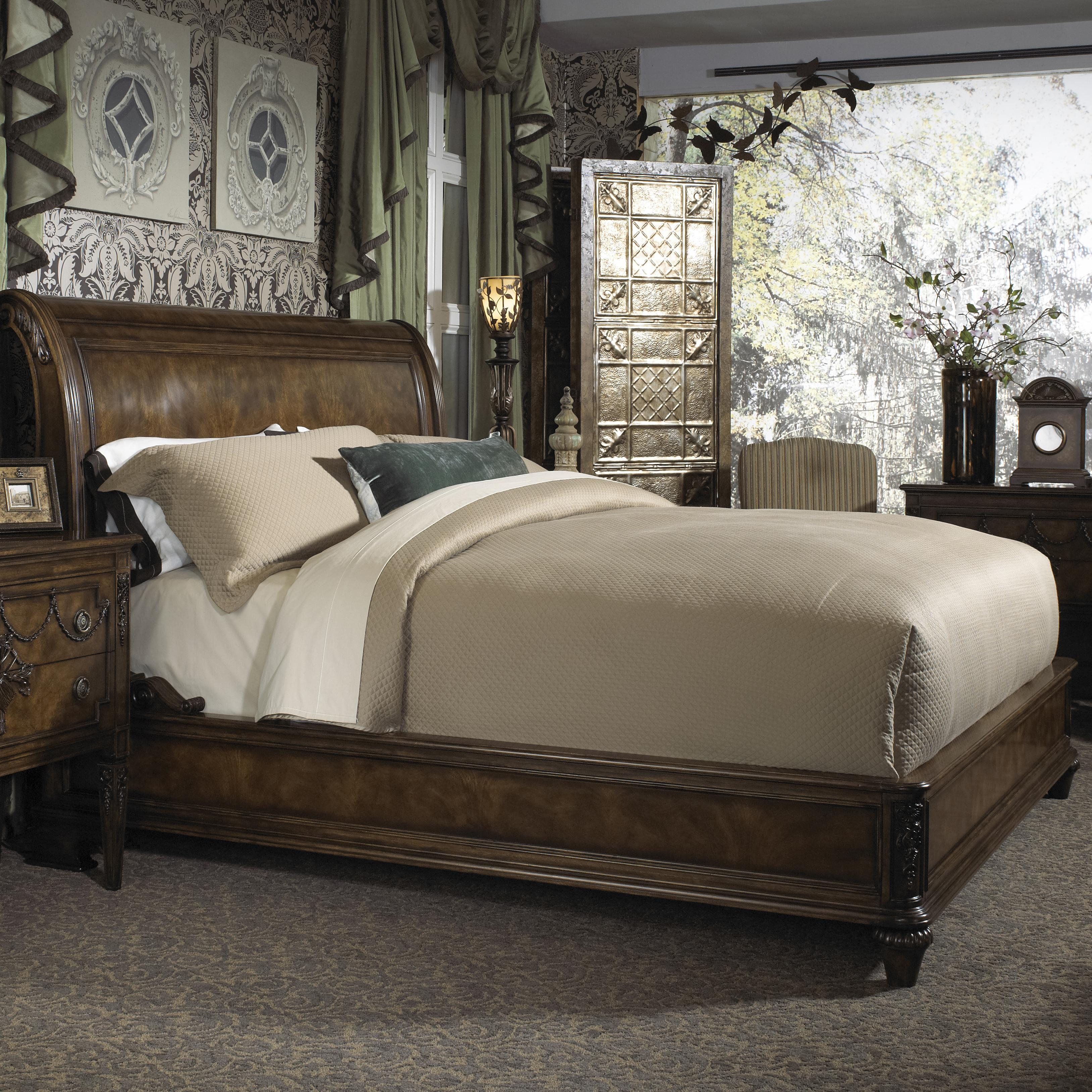 Belvedere King Traditional Sleigh Bed with Low Profile