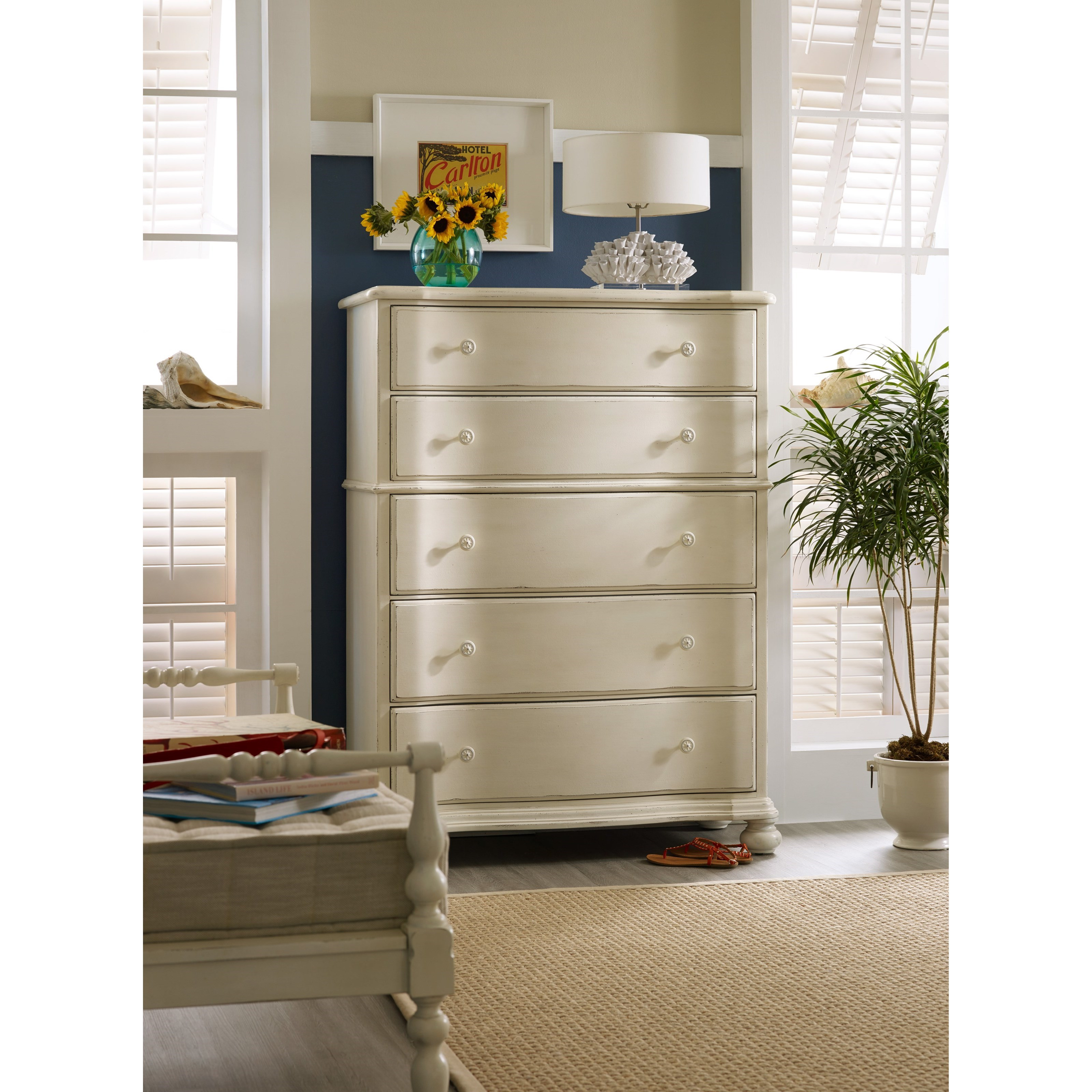 Hooker Furniture Sandcastle 5900 90010 Wh Chest With 5