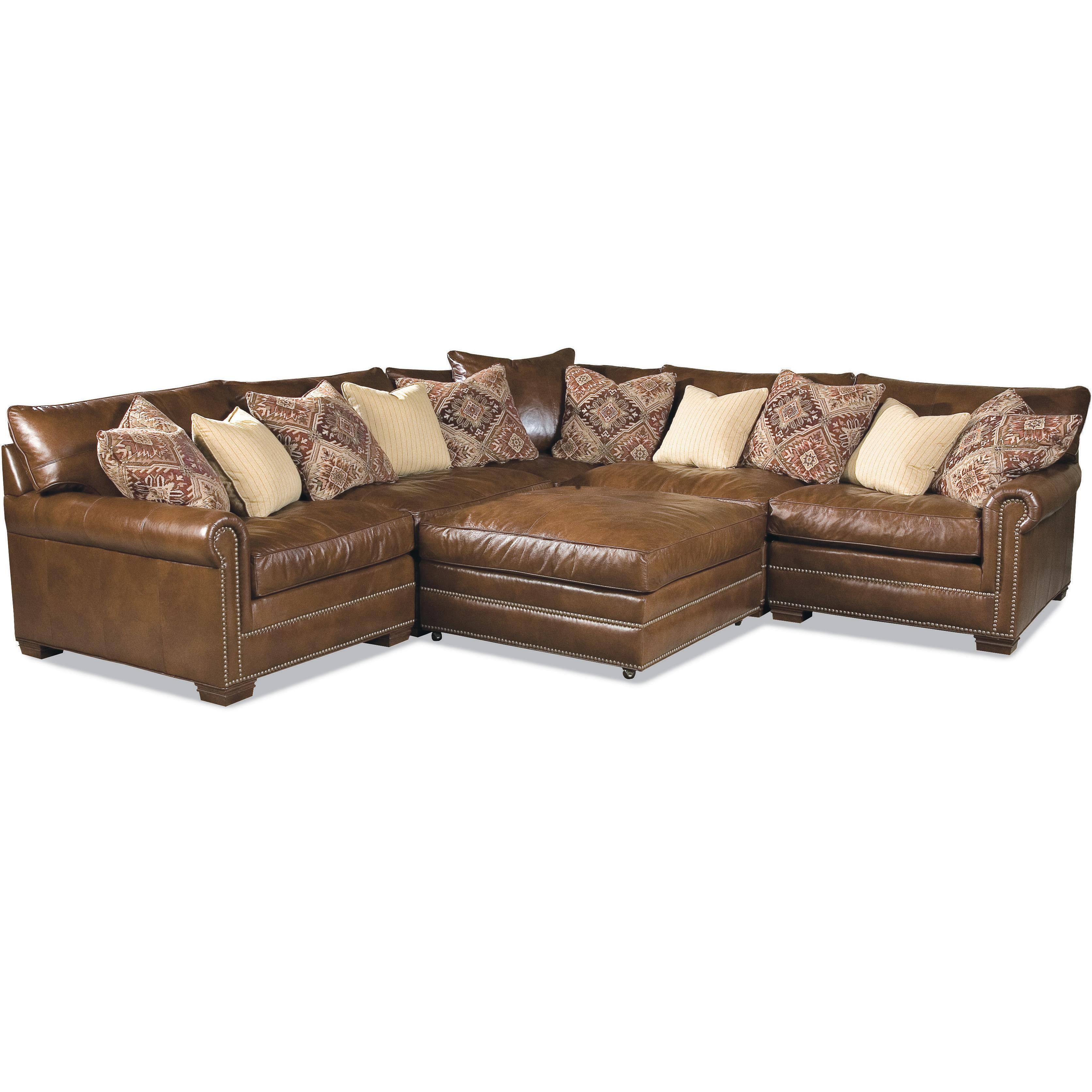Huntington house 7107 ryan traditional sectional sofa with for Traditional sectional
