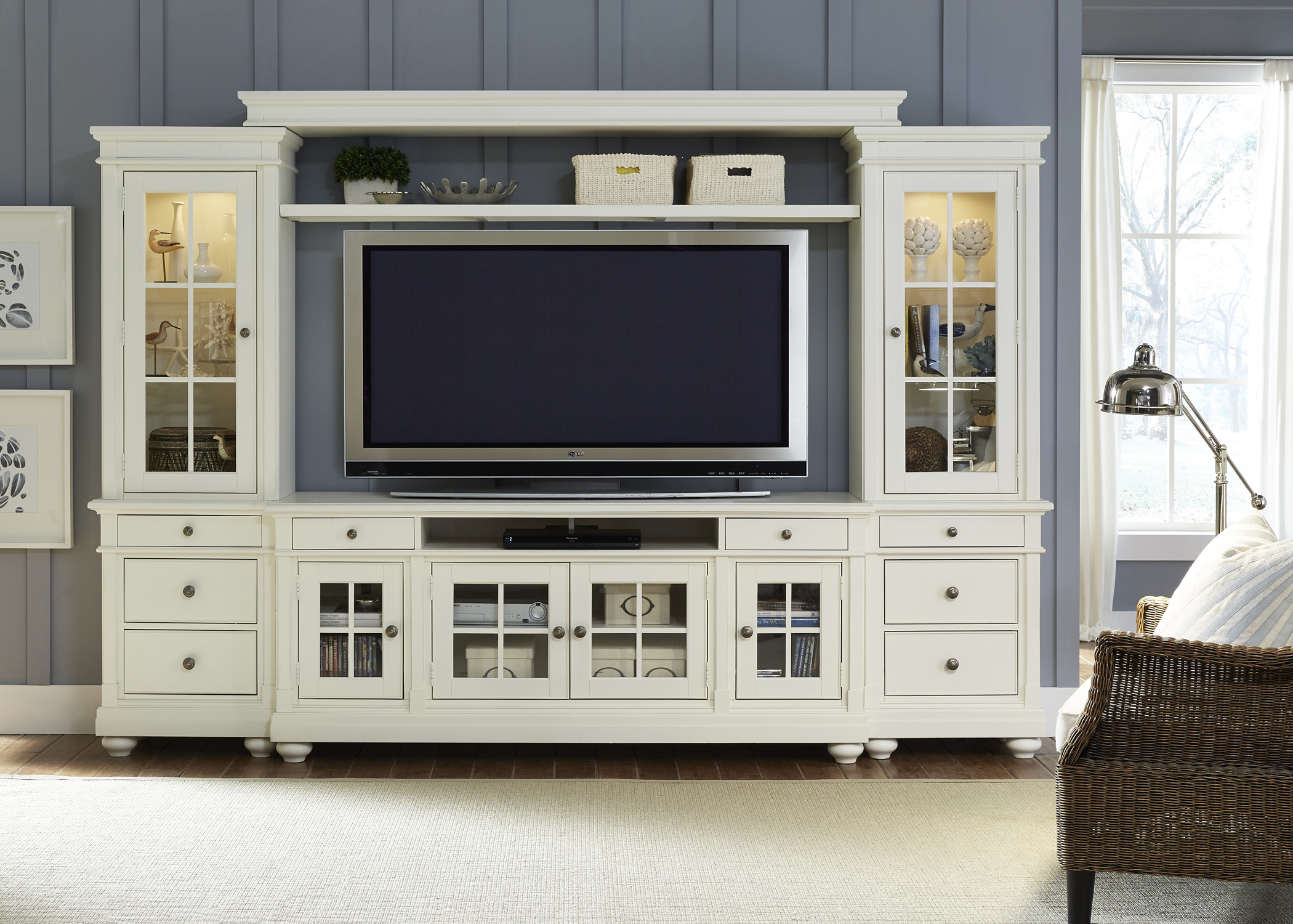 Liberty Furniture Harbor View Entertainment Center With