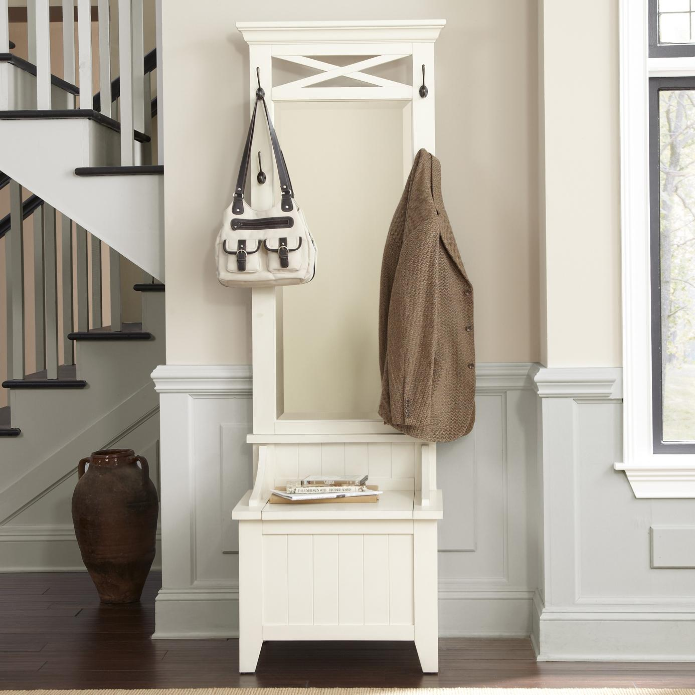 Liberty furniture hearthstone entryway hall tree with for Espejos hall