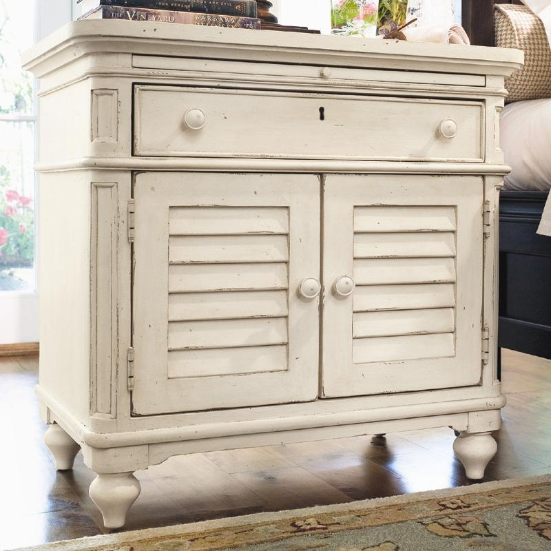 Paula Deen By Universal Home 996355 Louvered Door Nightstand With Pull Out Shelf Baer 39 S