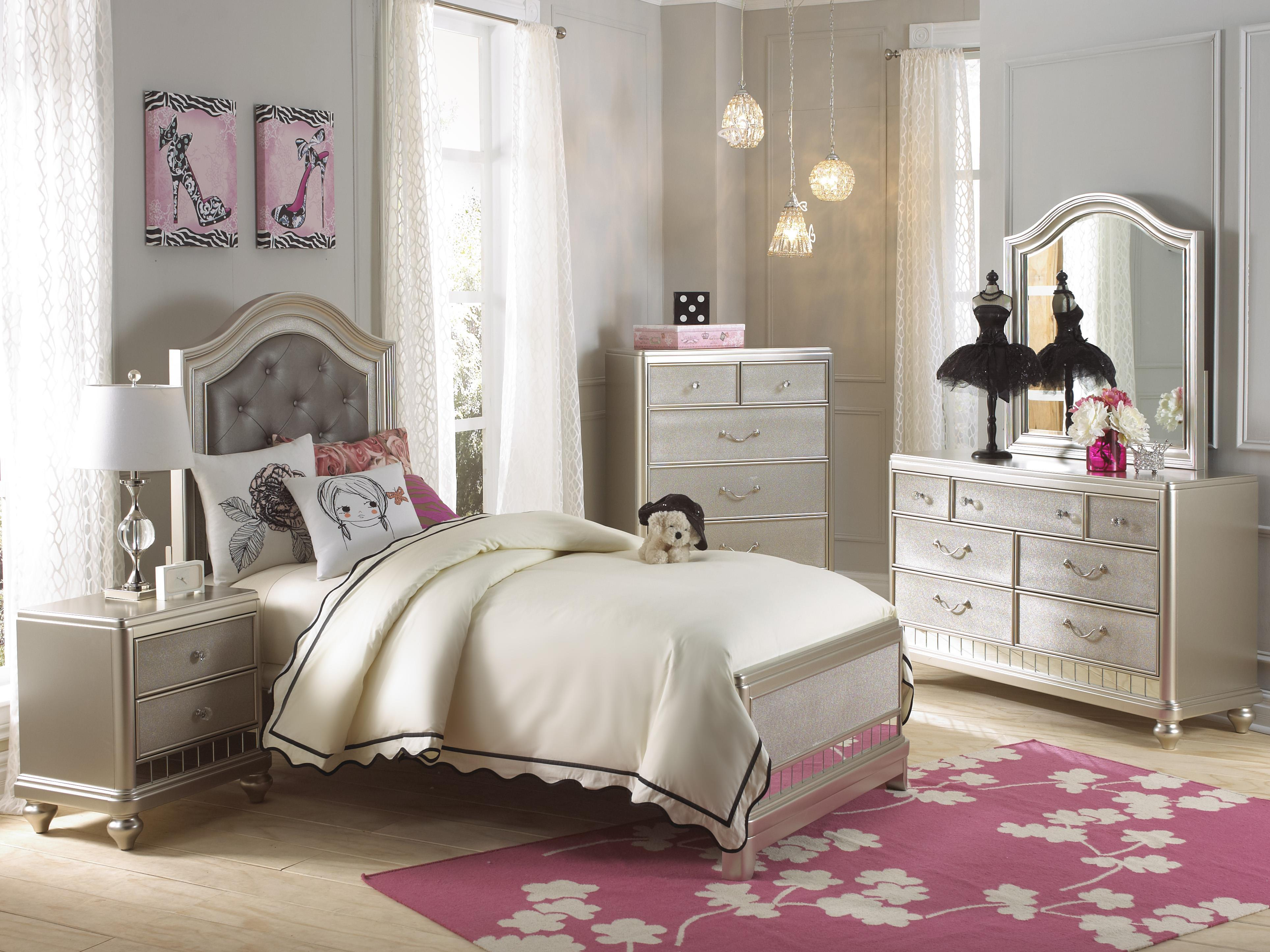 Samuel Lawrence Lil Diva Twin Panel Bed w Upholstered