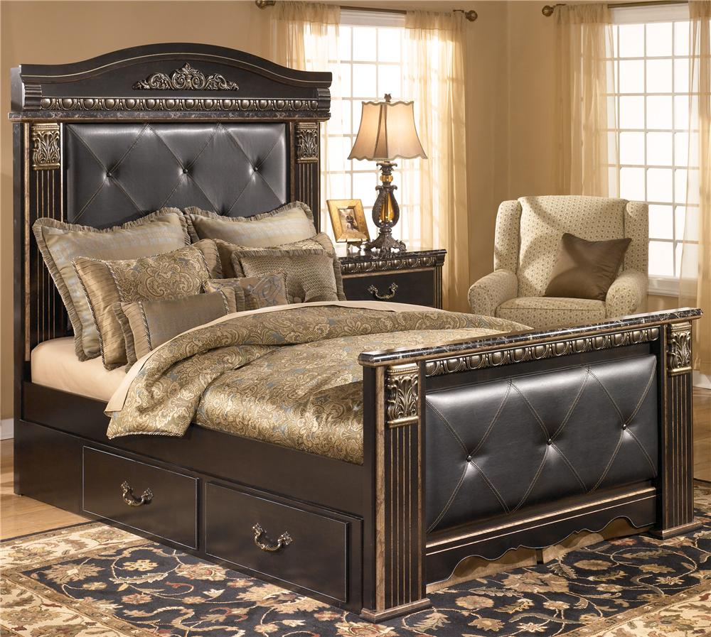 Signature Design By Ashley Coal Creek Queen Upholstered