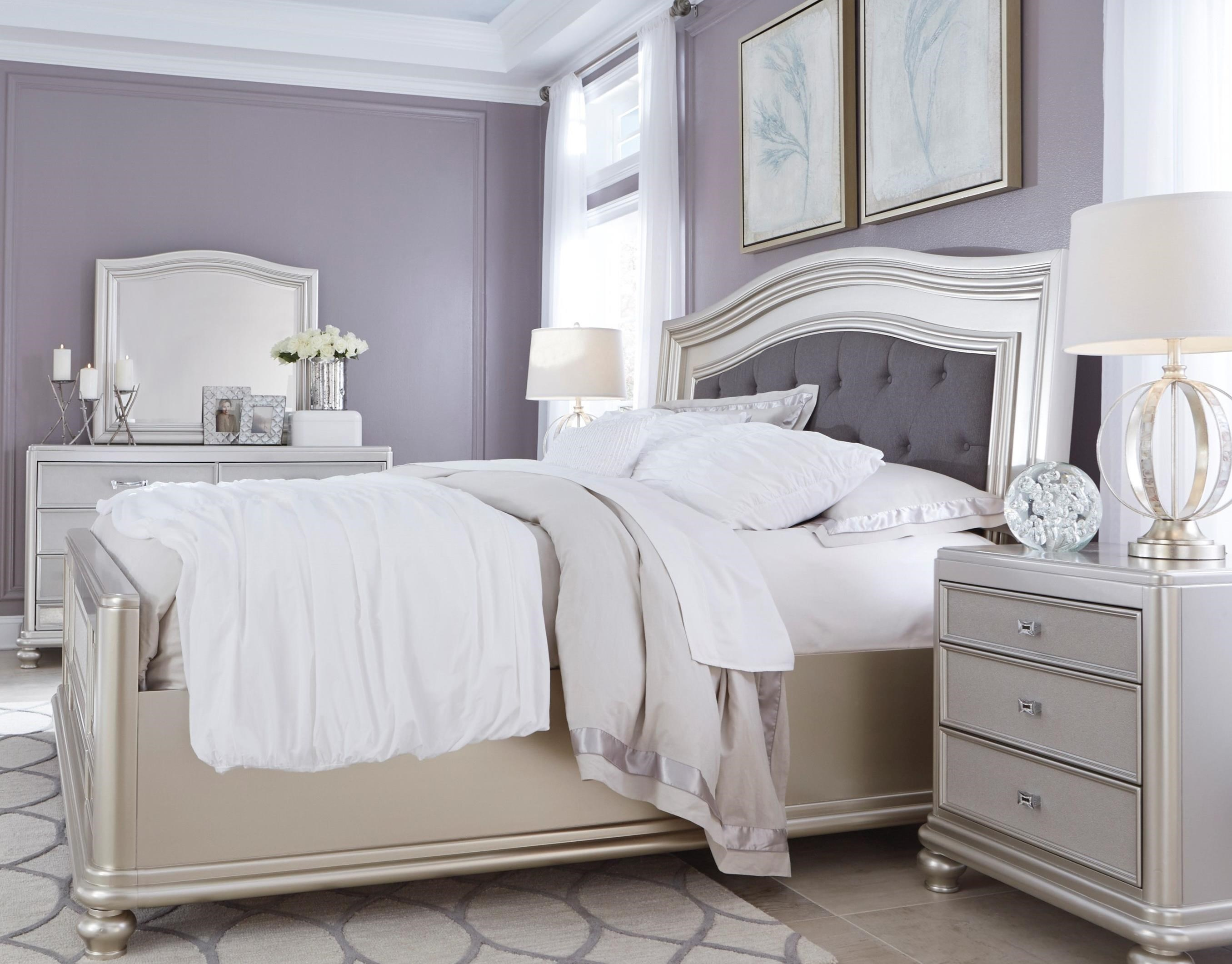 Signature Design By Ashley Coralayne Queen Bedroom Group Value City Furniture Bedroom Groups