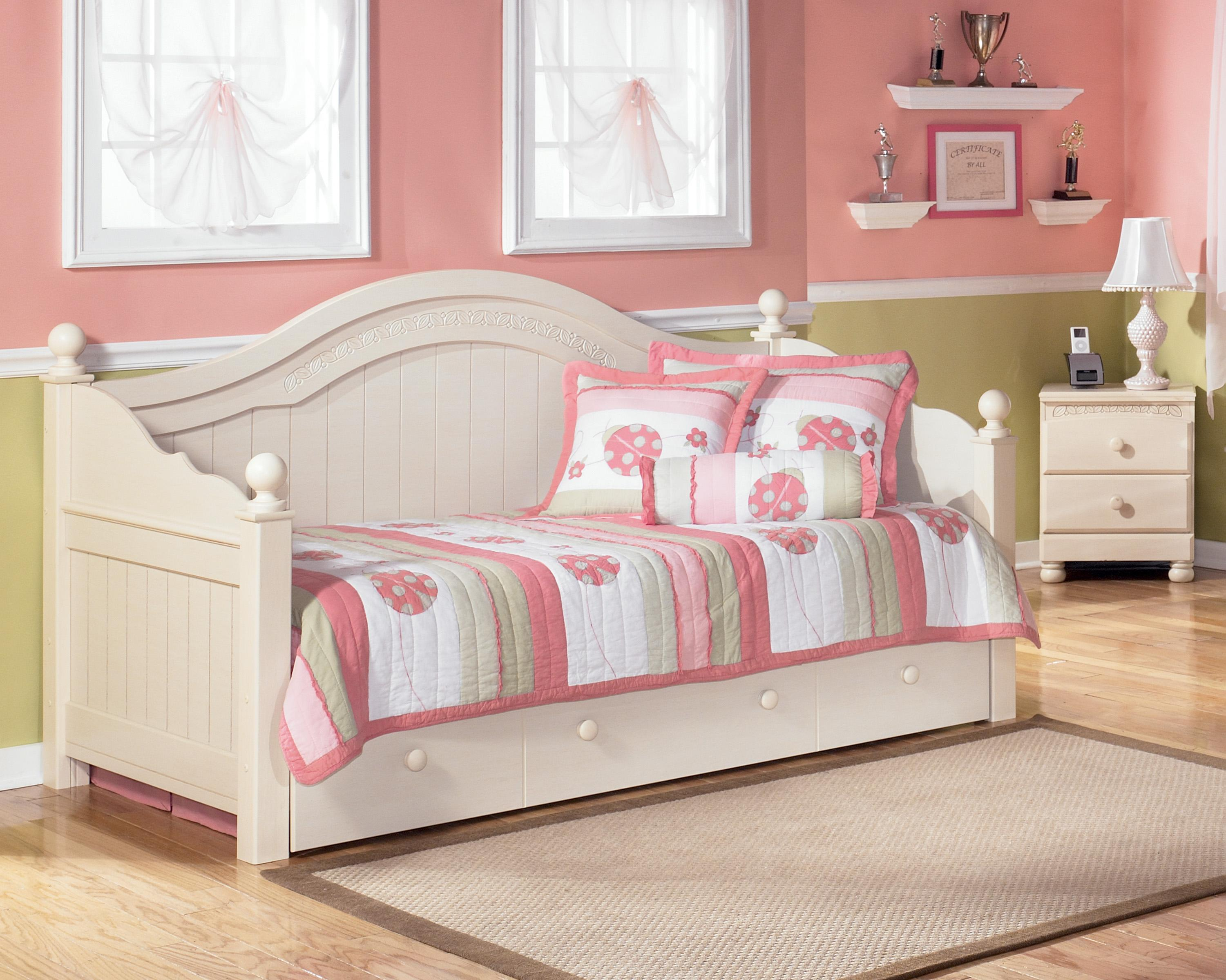 Signature design by ashley cottage retreat day bed with for Cottage retreat ii bed