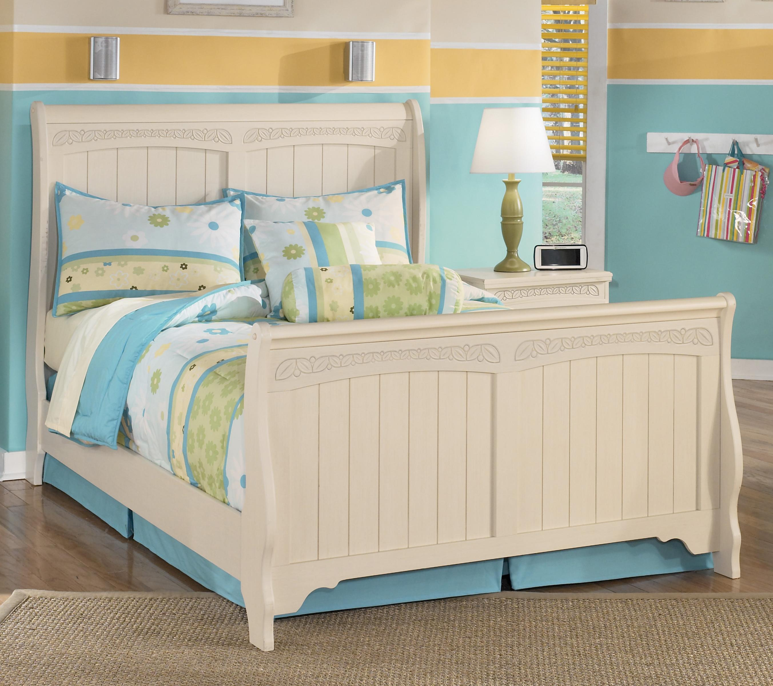 Signature design by ashley cottage retreat full sleigh bed for Cottage retreat ii