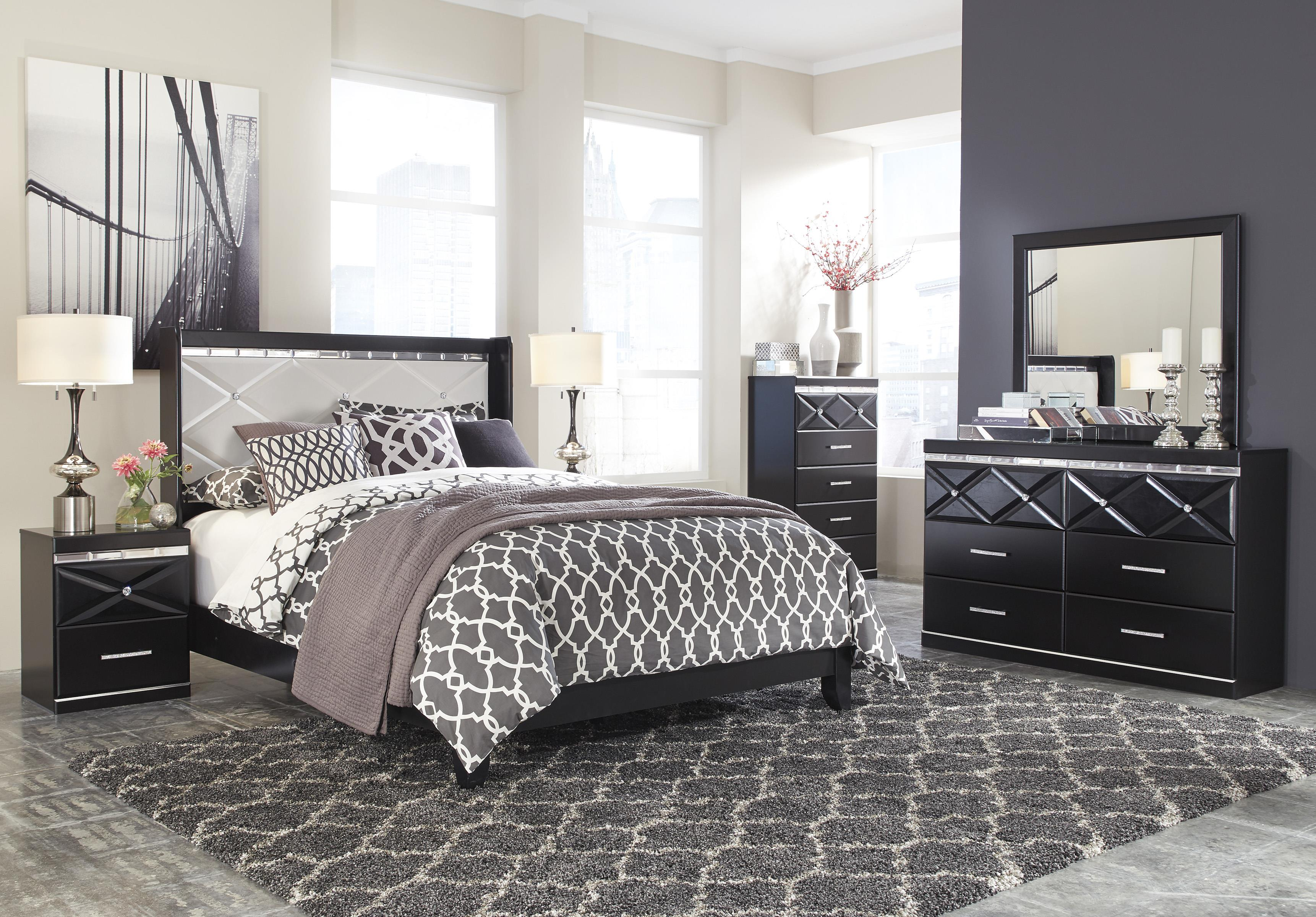 signature design by ashley fancee queen bedroom group del sol furniture bedroom groups. Black Bedroom Furniture Sets. Home Design Ideas