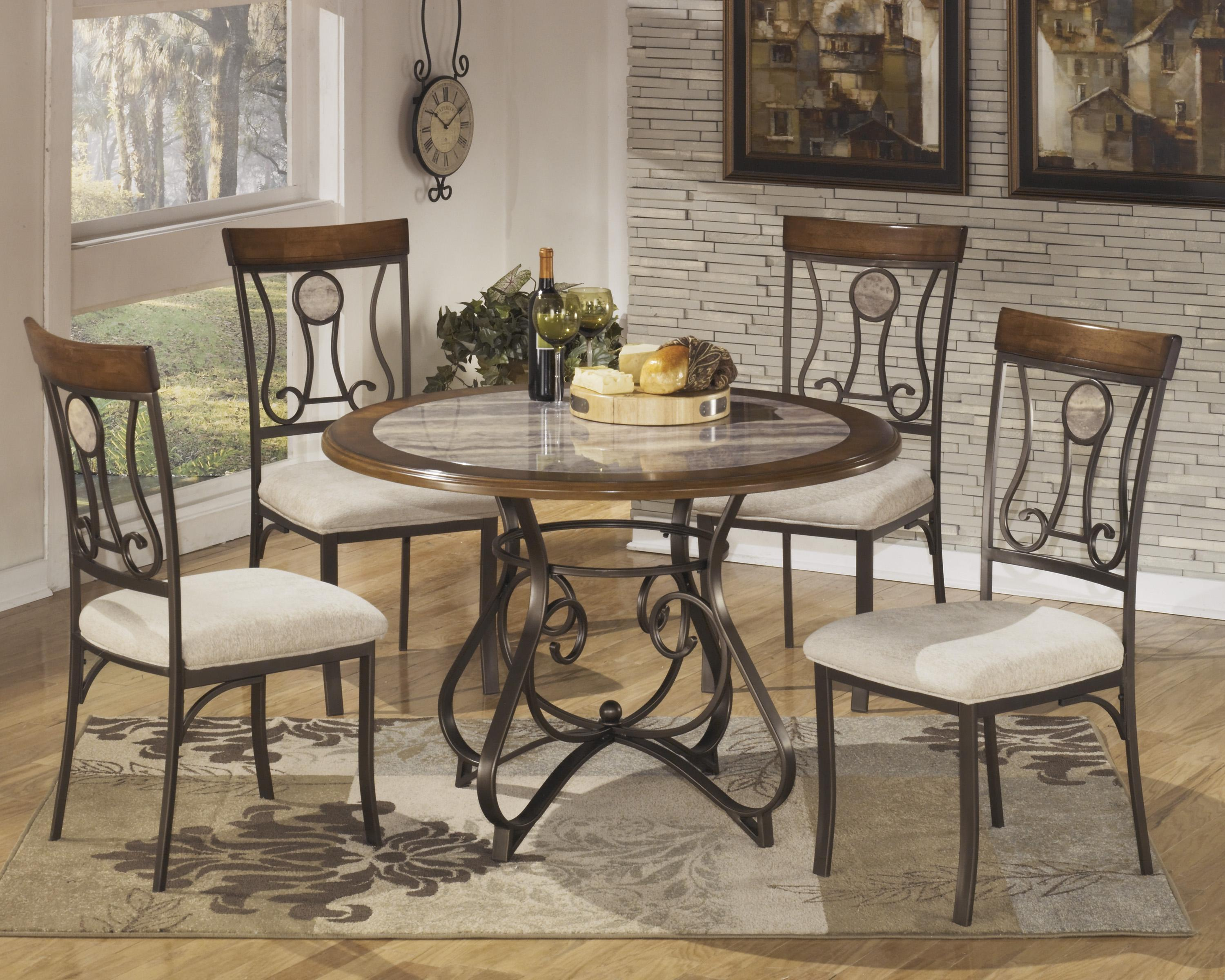 Signature Design by Ashley Hopstand Round Dining Room