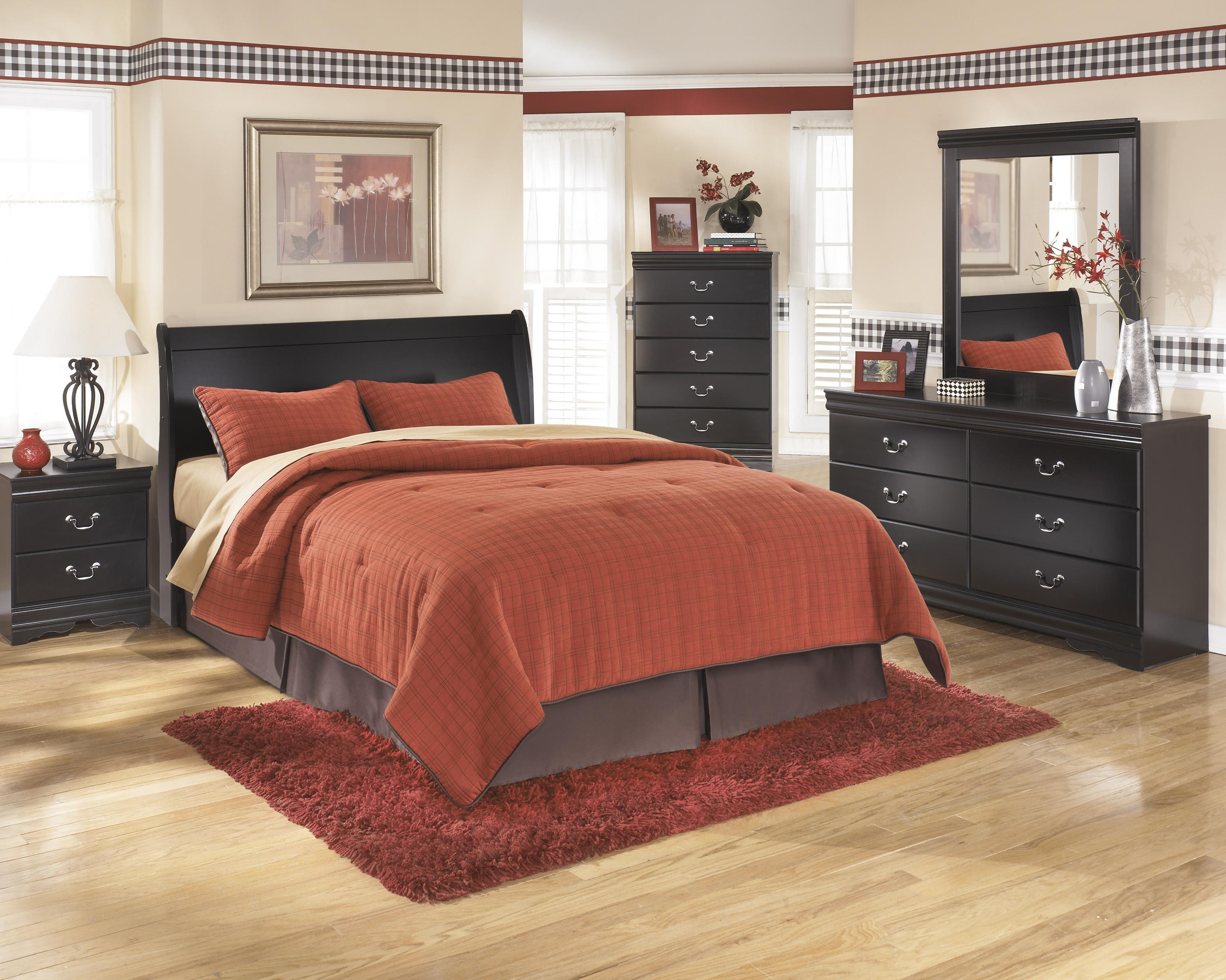 Ashley signature design huey vineyard queen bedroom group for Bedroom furniture groups