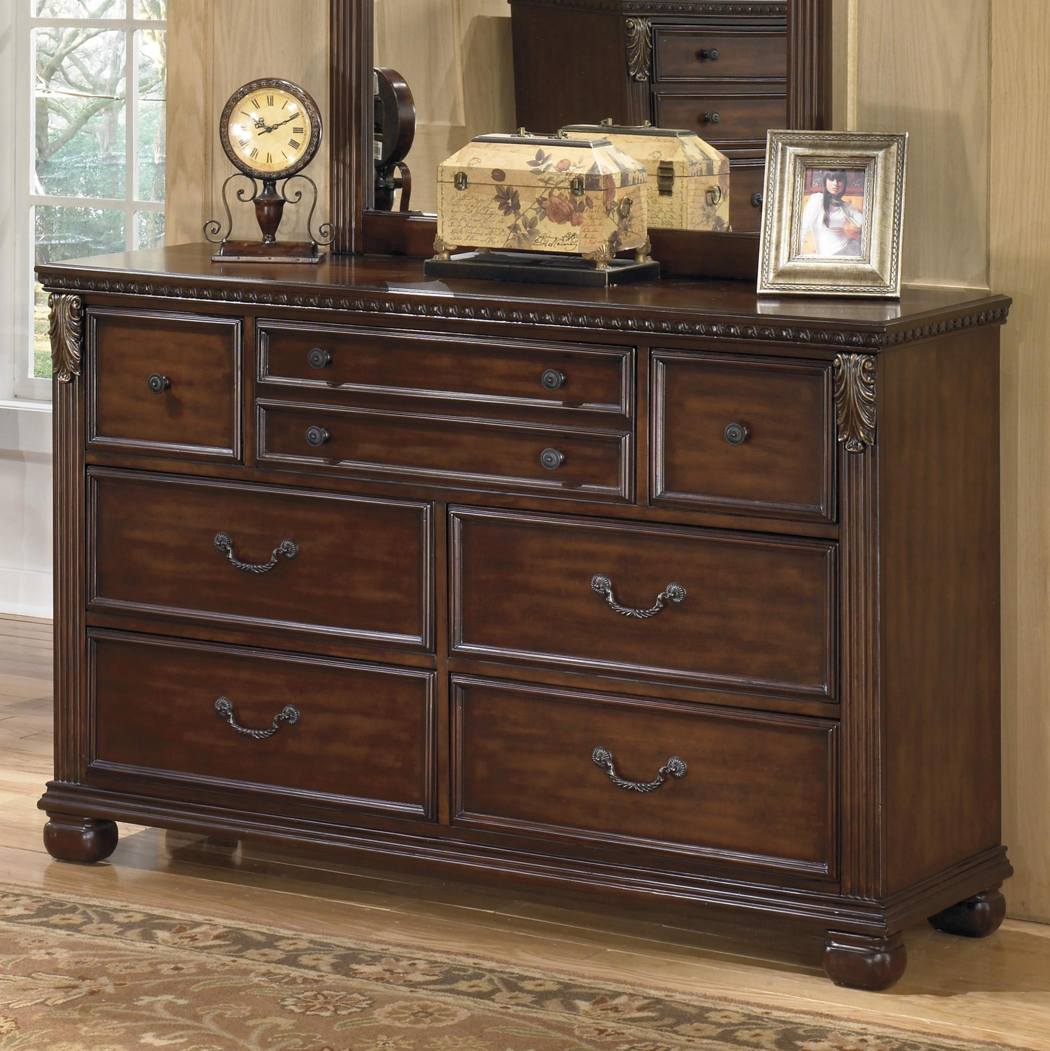 Signature design by ashley leahlyn traditional 7 drawer for Bedroom furniture 37027