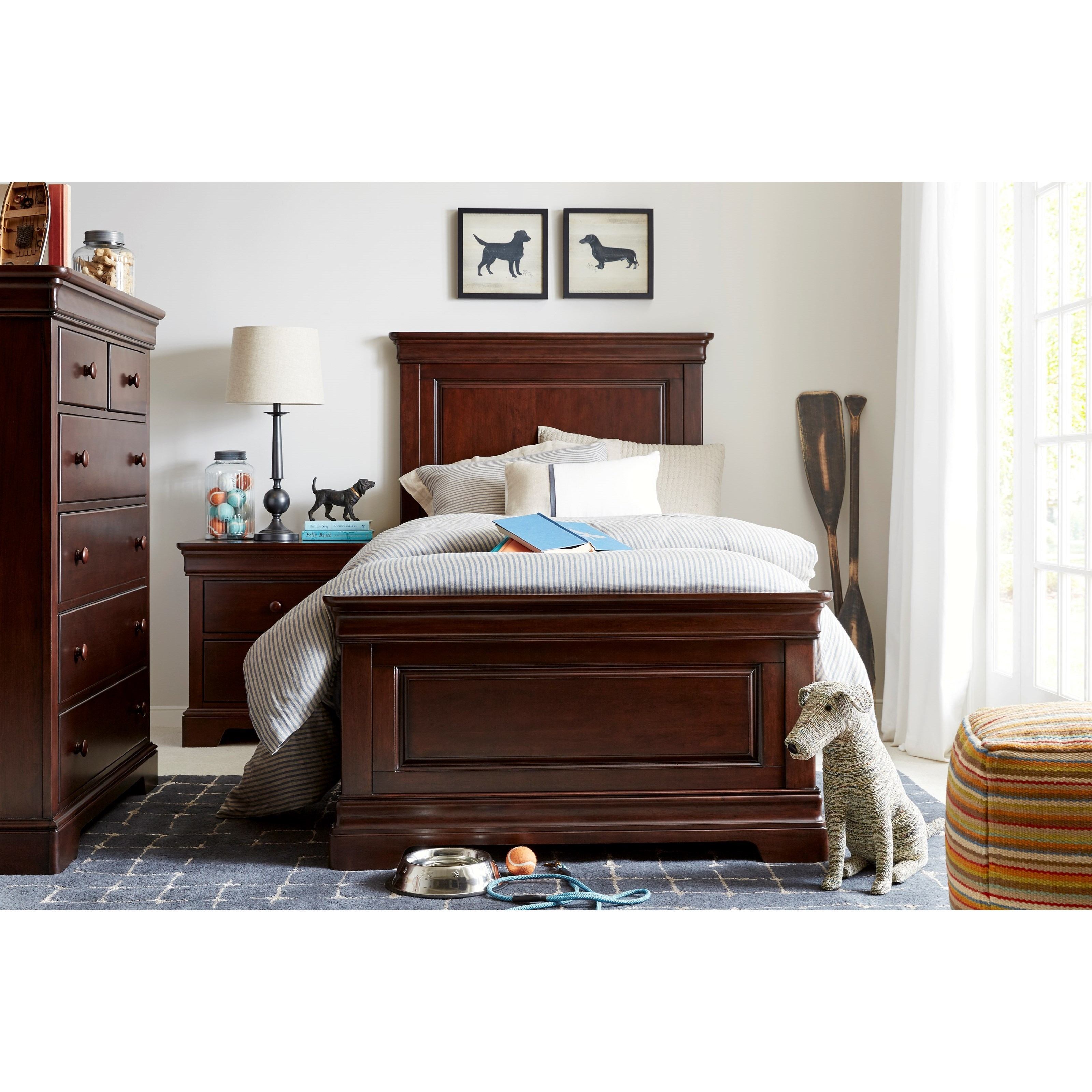Stone leigh furniture teaberry lane queen bedroom group for Lane bedroom furniture