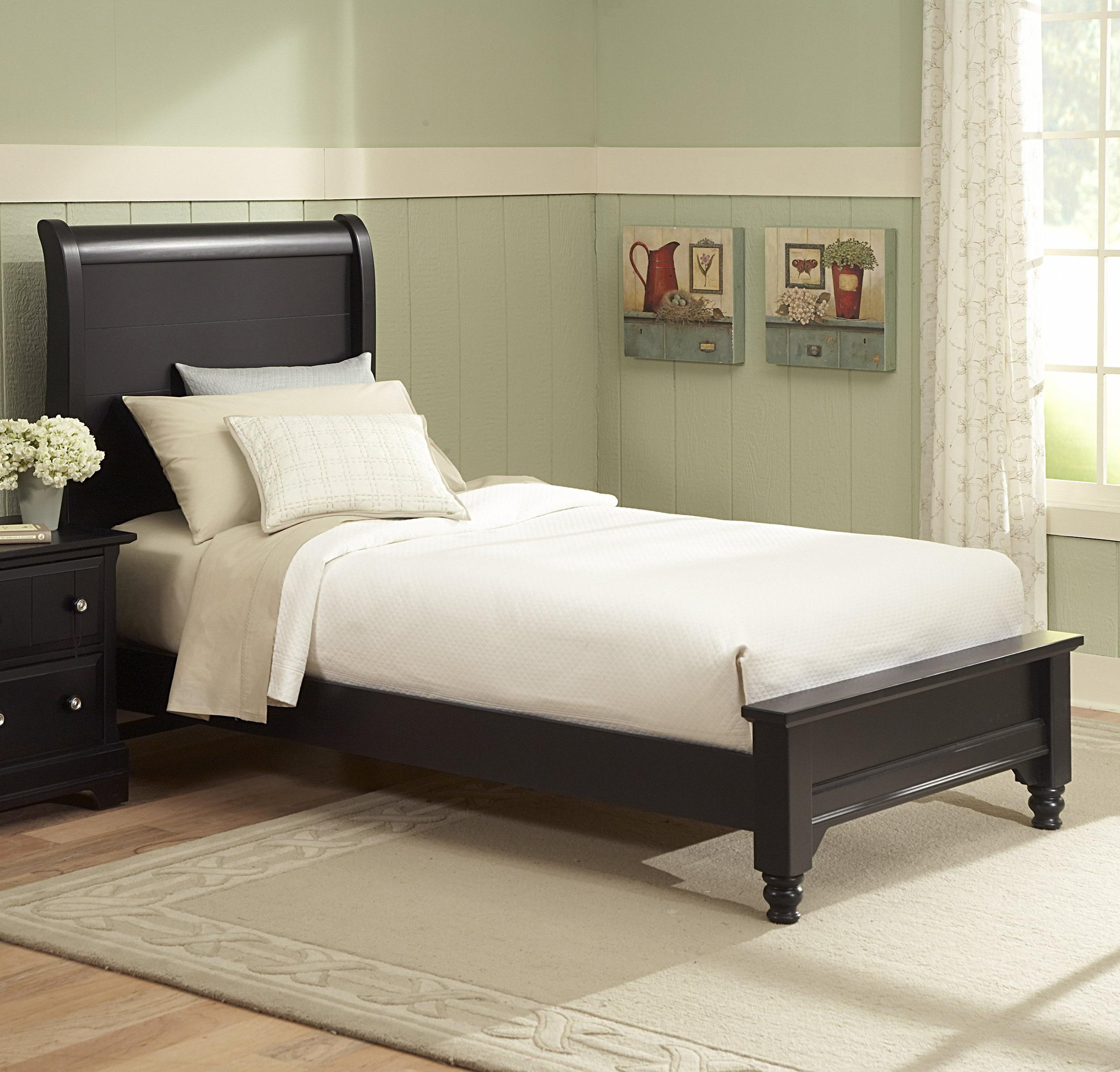 Vaughan bassett cottage full sleigh bed w low footboard for Panel bed mattress