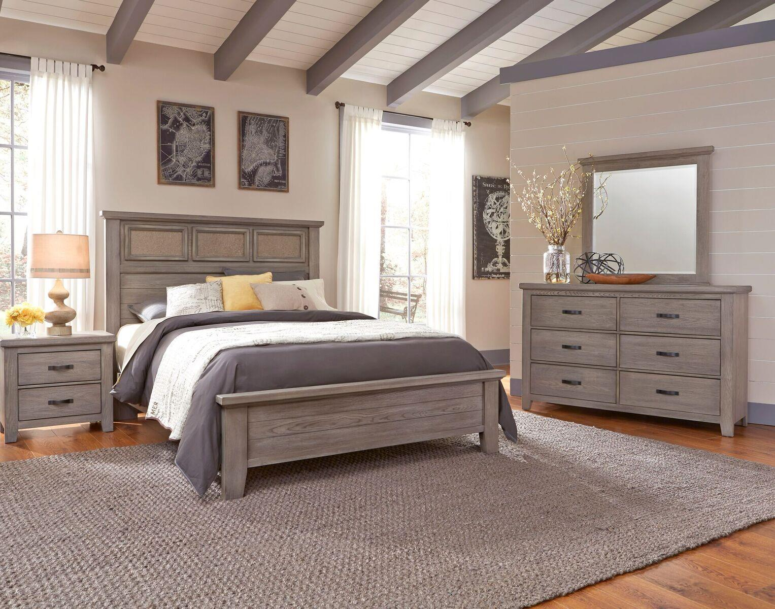 Vaughan bassett cassell park queen bedroom group johnny for Bedroom furniture groups
