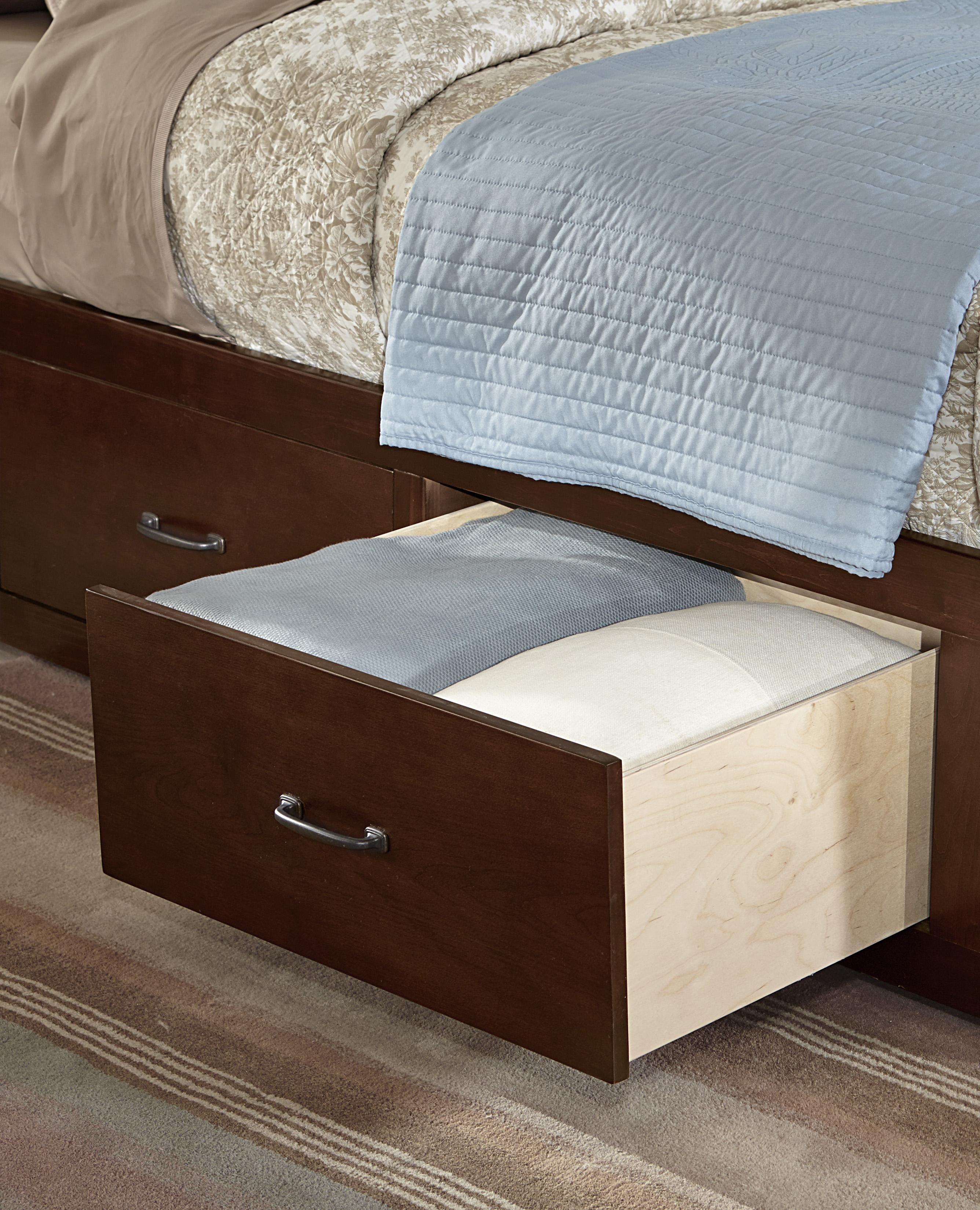 Vaughan bassett transitions queen panel bed with 1 side for Panel bed mattress
